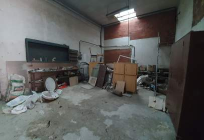 Local comercial a calle de la Cofradía de Arriaga