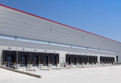 Warehouse in Sant Esteve Sesrovires