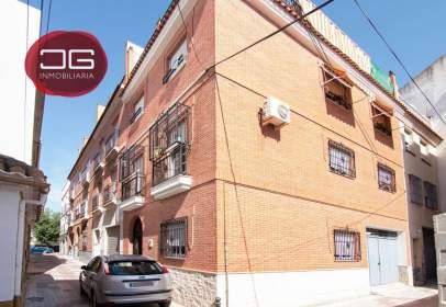 Casa adosada en calle Sargento Piris