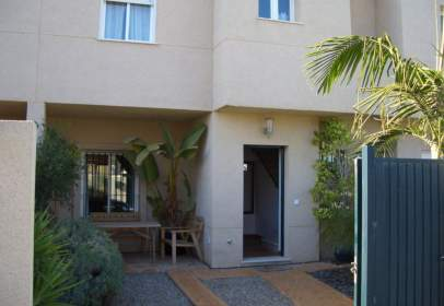 Casa unifamiliar en calle Playa de Peginas