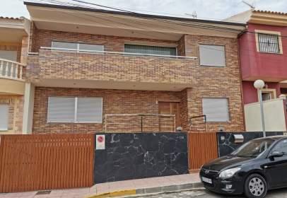 Casa en calle de los Hermanos Álvarez Quintero