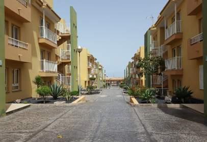 Flat in calle Guirre, nº 11