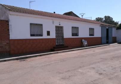 Casa en calle calle Jose Antonio C, nº 1