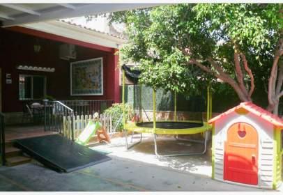 Casa pareada en calle 103
