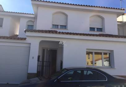Casa adossada a Nambroca