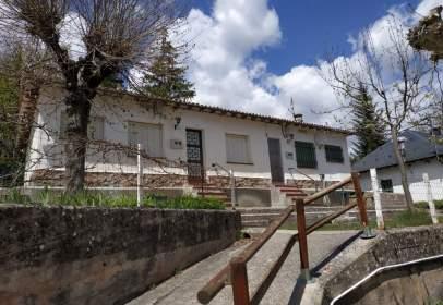 Casa en Avinguda Pirineus Xerallo