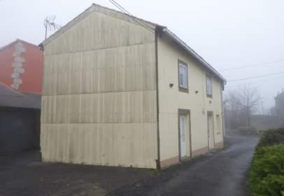 Casa en calle Teaio