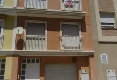 Casa adossada a calle L´Era de Bou, nº 8