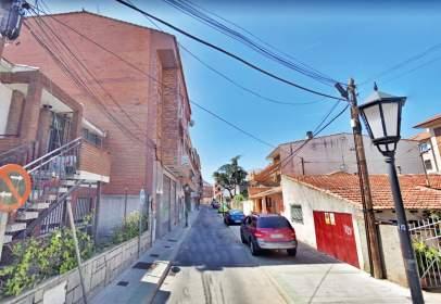 Pis a calle del Pintor Rafael Botí, prop de Calle de Colmenarejo