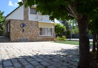 Chalet en calle La Fuente