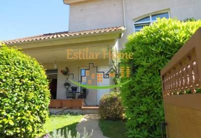 Casa en calle Urbanización Miñor