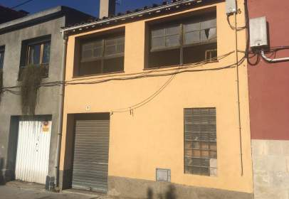 Edificio en Plaza de La Vila