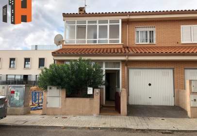 Paired chalet in calle Lavanda