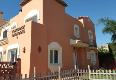 Casa en calle Bellavista