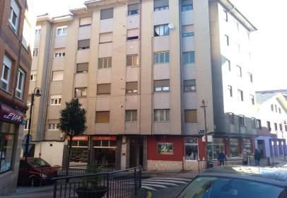Piso en calle Favila, nº 5
