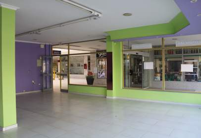 Local comercial a calle Rio Arnoya