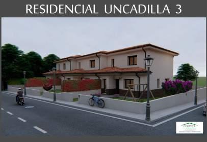 Terraced house in calle Villalba de Duero, nº 1