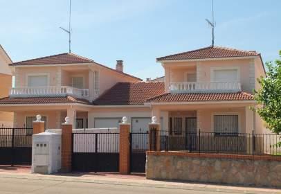 Casa a calle Martín Pescador