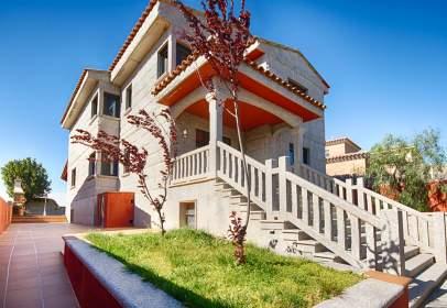 Casa unifamiliar en Lladó