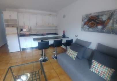 Apartment in calle Rompiolas