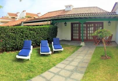 Terraced chalet in calle Retama, nº 4