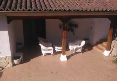 Single-family house in Iriépal-Taracena-Usanos-Valdenoches