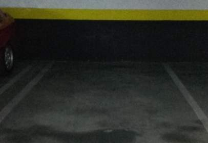 Garatge a calle de Estanislao Zazo