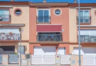 Casa adossada a Carrer del Barcelonès, nº 20