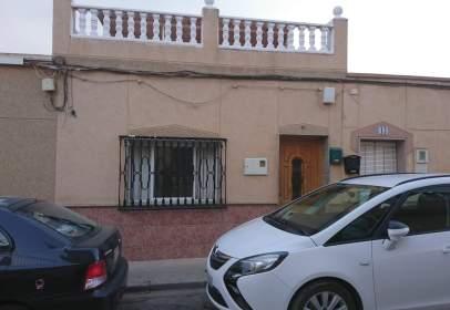 Casa a Polígono de Santa Ana-El Plan