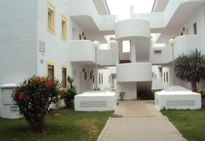 Apartment in Urbanización El Pinar de La Almadraba