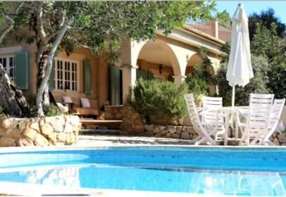 Single-family house in Carrer de Son Serralta