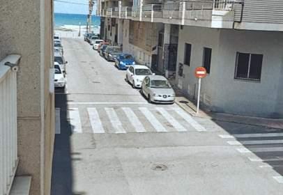 Pis a calle Goleta