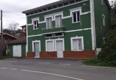 Casa en calle Castañedo