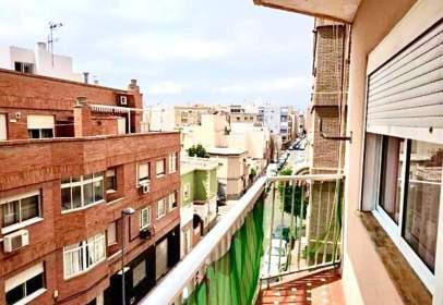 Flat in calle de Jaúl, near Calle Lanjarón