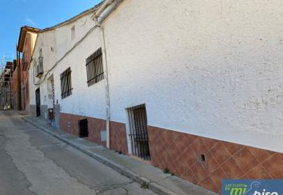 Casa en calle de Costanilla, nº 26