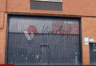 Nave industrial en Granda-Tiñana-Hevia