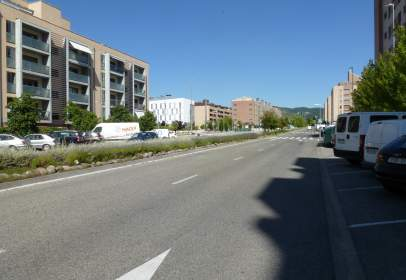 Local comercial en Avenida del Reino de Navarra, nº 26