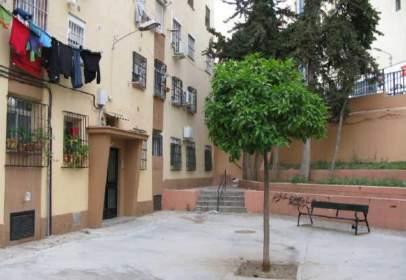 Apartamento en calle Obispo Martínez Castrillón