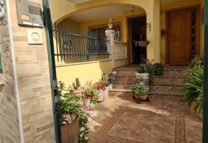 Casa adosada en Carrer de Can Barrera