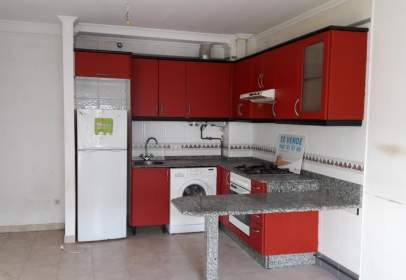 Apartment in calle Avenida de Mahía