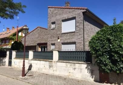 Casa unifamiliar a calle de Espinosa de los Monteros