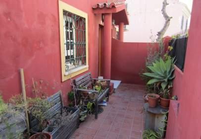 Casa en calle Conde Ureña