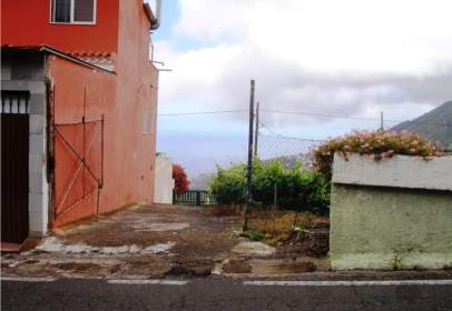 Terreny a calle Alzados Guanches