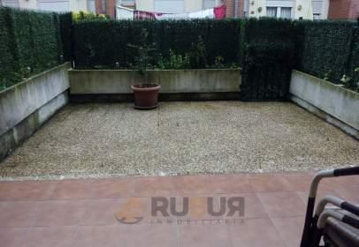 Flat in calle Aurelio Diez, nº 11