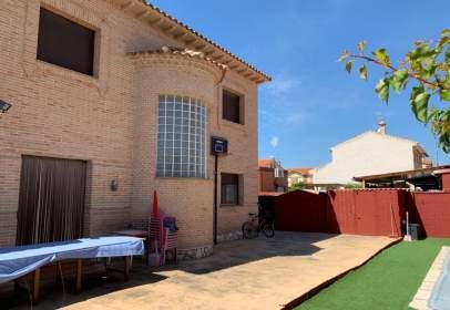 Chalet in calle de Federico García Lorca