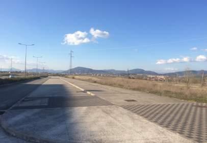 Terreno en calle Poligono de Osasuna