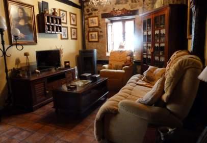 Casa adosada en calle Bedico