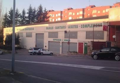 Nave industrial en calle Carles Riba