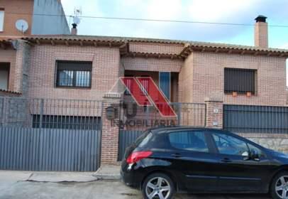 Xalet unifamiliar a calle Ciudad Real