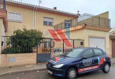 Terraced chalet in calle Dulcinea, nº 2